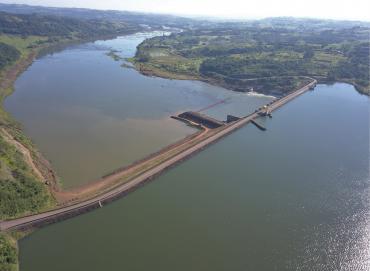 Tráfego sobre a barragem da usina Foz do Chapecó será interrompido nesta semana