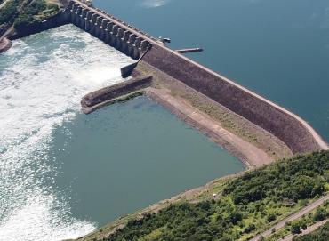 Foz do Chapecó orienta sobre aquisição e uso de áreas próximas ao reservatório