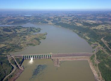 Equipe da usina Foz do Chapecó vai esclarecer dúvidas sobre acesso ao lago nos municípios abrangidos
